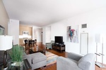 Spectacular 2BD 2BA in The Heart Of Manhattan for Rent